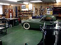 Onze werkplaats voor het stofferen van autos