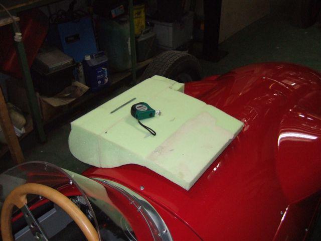 Auto interieurs zadels stoffen en leder kuijpers interieur for Leder auto interieur